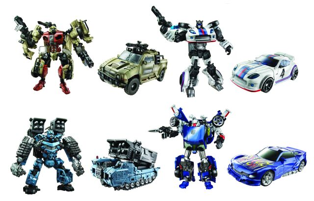 File:Tf(2010)-toy-deluxe-wave5.jpg