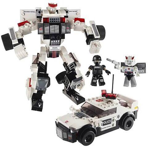 File:Kreo-prowl-toy.jpg
