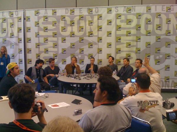 File:Tron legacy cast crew2.jpg