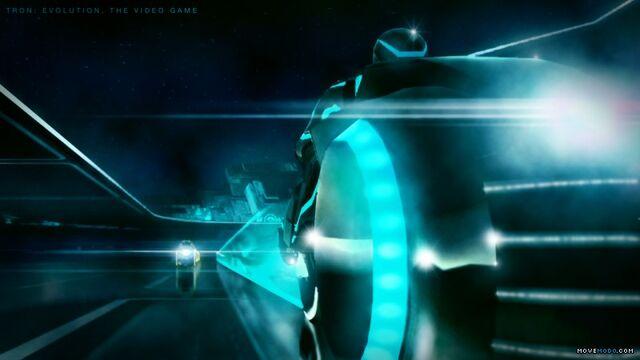 File:Tron evolution lightcycle 3.jpg