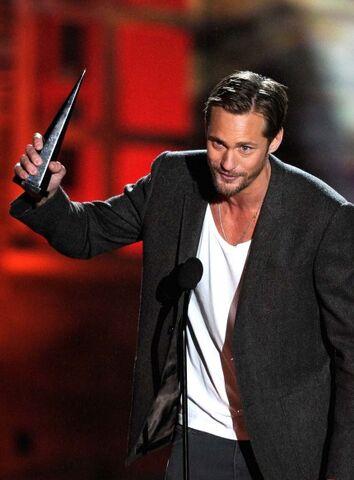 File:Alexander-skarsgard-2010-spike-scream-awards-10172010-09-430x583.jpg