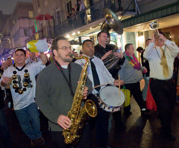 File:Bourbon St. 1-16-10.jpg