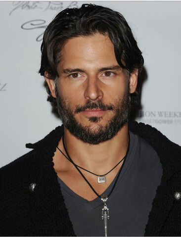 File:Joe-manganiello-alcide-true.jpg