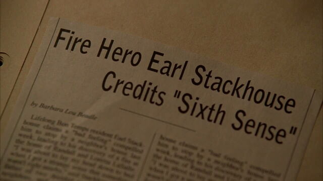 File:3x09 -article in sookie's scrapbook.jpg