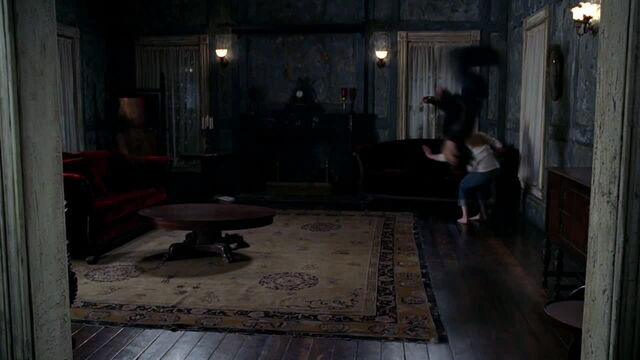File:3x08 - bill teaching jessica to fight 3.jpg