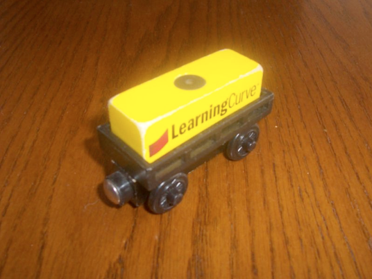 File:WoodenRailwayLearningCurveCargoCar.png