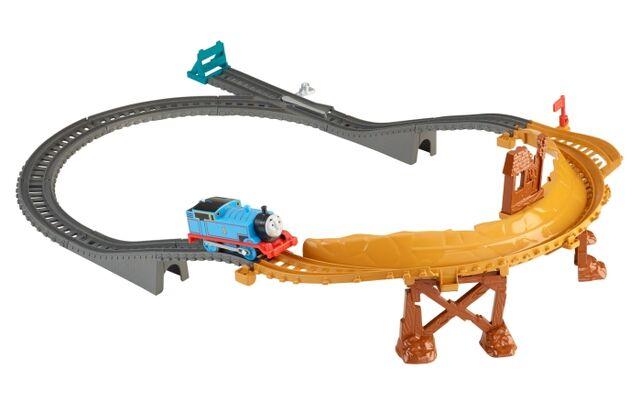 File:TrackMasterBreakawayBridgeSet.JPG