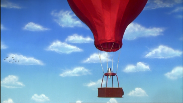 File:DuncanAndTheHotAirBalloon60.png