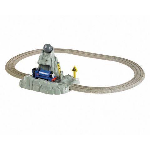 File:TrackMasterRunawayBoulderSet.jpg