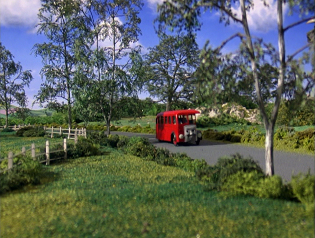 File:ThomasAndTheMagicRailroad553.png