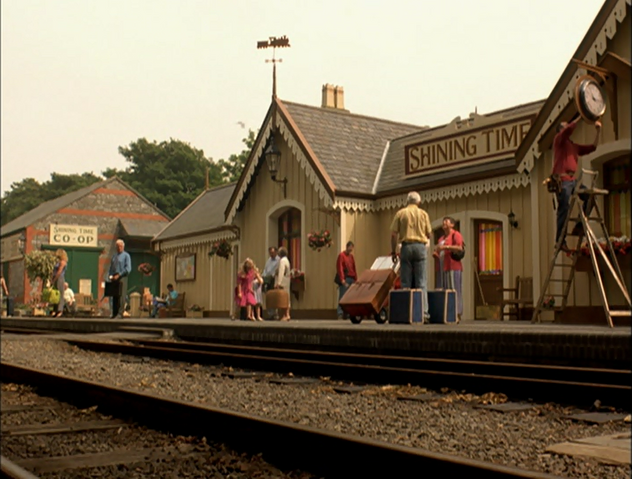 File:ThomasAndTheMagicRailroad107.png