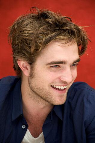 File:Robert Pattinson(3).jpg