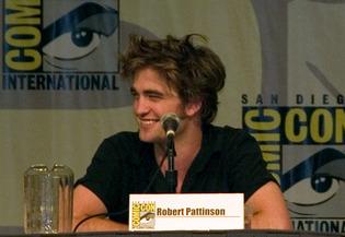 File:RobertPattinsonCC2008 article story main.jpg