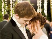 Bella-and-Edward-bella-swan-31050155-800-600