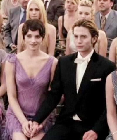File:The-Twilight-Saga-Breaking-Dawn-Part-1-jasper-hale-25303492-451-540.jpg