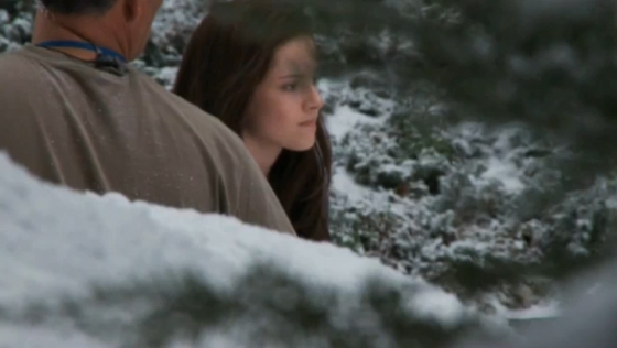 File:Screencaps-From-the-FULL-Eclipse-Behind-the-Scenes-Feature-twilight-series-11008434-560-316.jpg