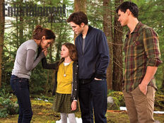 Breaking-Dawn-part-2-Bella-Renesmee-Edward-and-Jacob