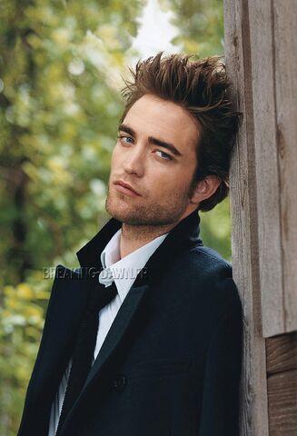 File:Robert Pattinson 21.jpg