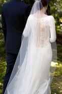Twilight-breaking-dawn-bella-swan-wedding-dress-2