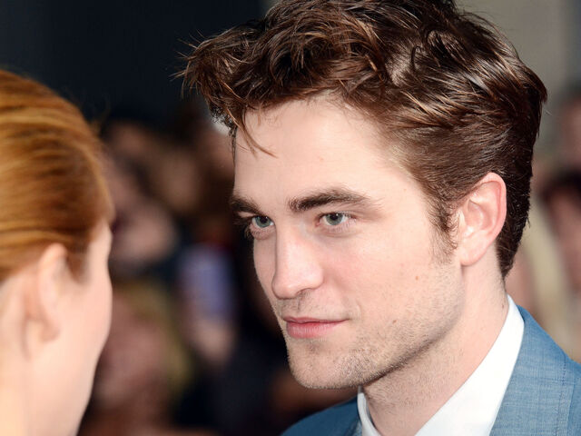 File:-Water-For-Elephants-Sydney-Premiere-HQ-robert-pattinson-21780917-2560-1920.jpg