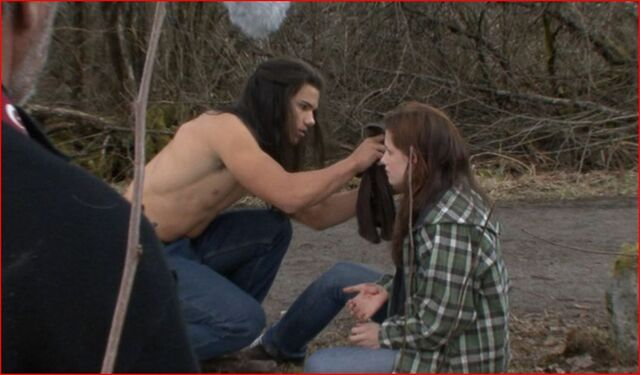 File:Behind-The-Scenes-New-Moon-twilight-series-21781100-1073-628.jpg