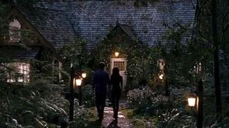 "Twilight Breaking Dawn Part 2 Clip ""Bella & Edward's New Home""-0"