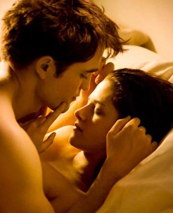 File:Robert-Pattinson-Kristen-Stewart-Breaking-Dawn-Sex-Scene-PHOTOS.jpg
