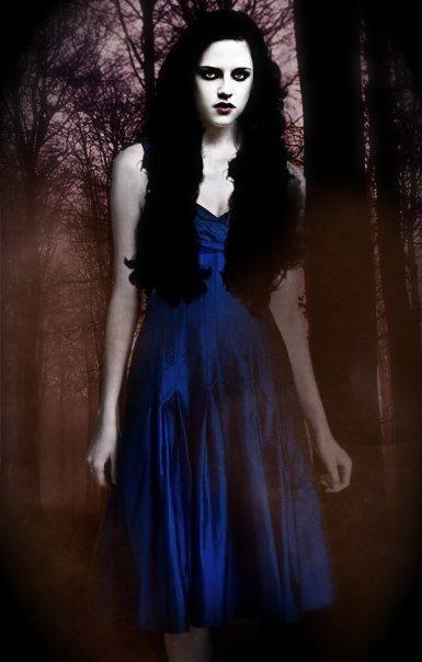 Bella-Cullen-Breaking-Dawn-twilight-series-10071659-385-604