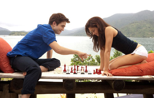 File:Breaking-dawn-still-29.jpg