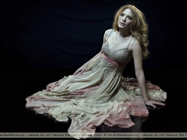 File:Rachelle-Lefevre-twilight-series-.jpg