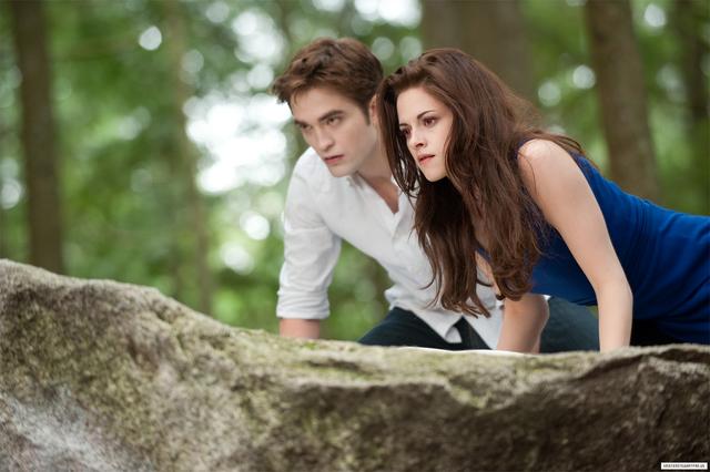 File:HQ-stills-of-Kristen-as-Bella-Cullen-Breaking-Dawn-Part-2-kristen-stewart-32373767-1350-898.png