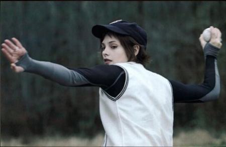 File:Alice-throwing-baseball.jpg