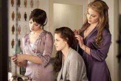 Kristen-Stewart-Twilight-Saga-Breaking-Dawn-Part-1-image-8