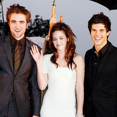 File:Twilight Premire.jpg
