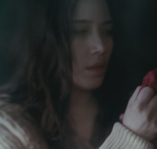 File:Kristie in eclipse.jpg