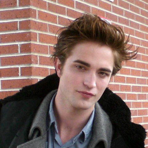 File:Imgrobert-pattinson1.jpg