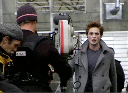 File:Robertpattinsononset.png