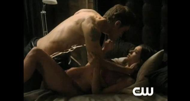 File:Stefan-Elena-1x10-Deleted-stefan-and-elena-16961084-634-337.jpg