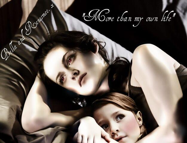 File:Renesmee and bella cullen edited.jpg