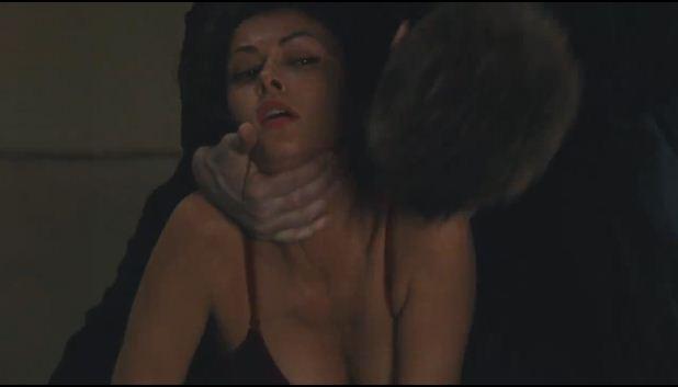 File:Demtri biting Gianna.JPG