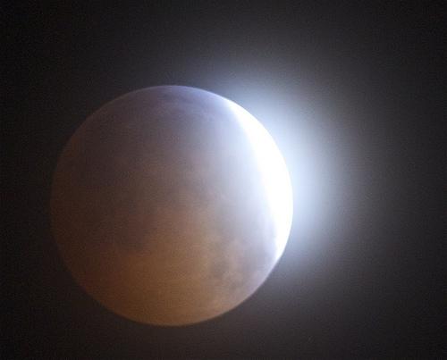 File:Eclipse flare decemeber 21 2010.jpg