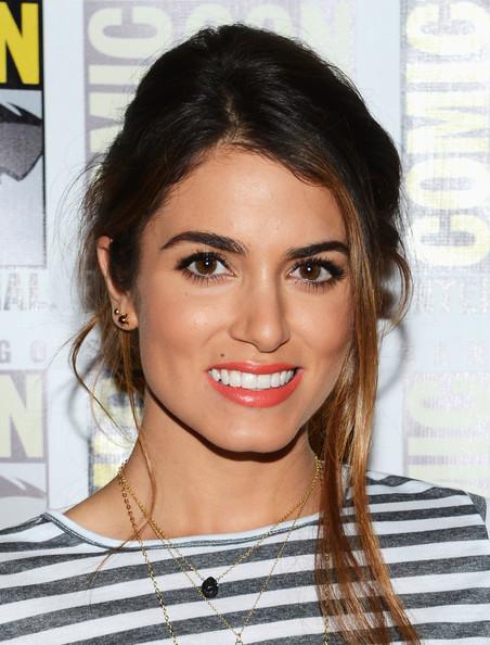 Nikki-at-Comic-Con-2012-Twilight-Saga-Breaking-Dawn-Part-2-press-line-12-07-12-nikki-reed-31453850-452-594