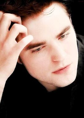 New-old-pic-Robert-pattinson-twilight-series-24210939-499-700