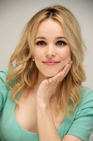 File:2012-The-Vow-Press-Conference-rachel-mcadams-28615810-395-594.jpg