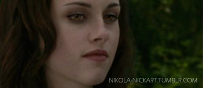 File:Bella with gold eyes.jpg