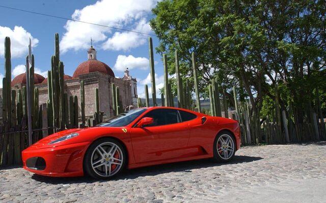 File:Red Ferrari F430.jpg