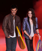 Kristen+Stewart+Teen+Choice+Awards+2012+Show+I yPC4mgLn7l