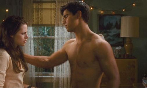 File:New Moon Bella's Bedroom scene Jacob Black.jpg