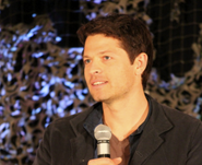 Supernatural-BurCon-2012-Misha-Collins-03-442x360