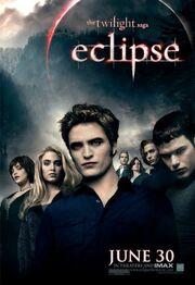 Cullens-eclipse-movie-12880152-495-720-1-